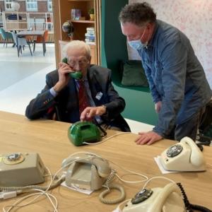 Wonderfoons voor mensen met dementie